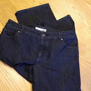 Chico's dark wash Platinum Jean's size 2 (12)